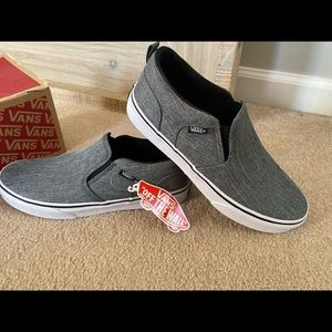 Youth Vans Slip On NEW in box